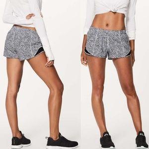 Lululemon Athletica Hotty Hot Shorts Running Sz 8